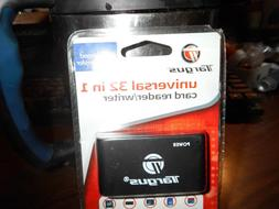 Targus 32 in one card reader, USB connection NIP
