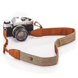 Vintage Classic White and Brown Weave Camera Shoulder Neck S